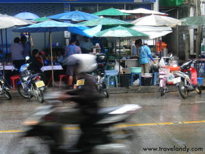 Streetfood kiosks in Bangkok