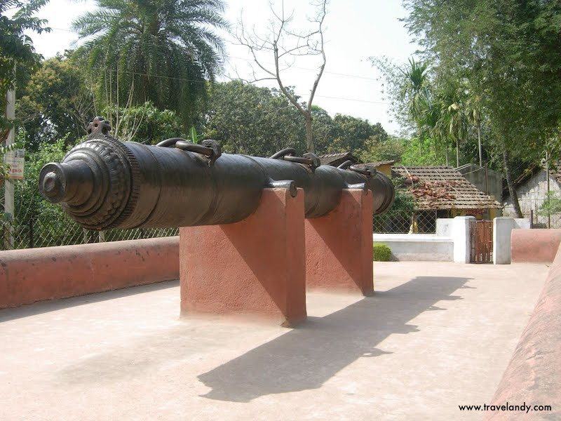 The Mughal-era Jahan Kosha canon