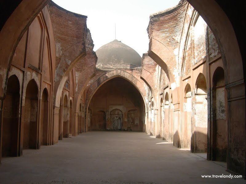 Katra Masjid, where Murshid Quli Khan, founder of the town, is buried
