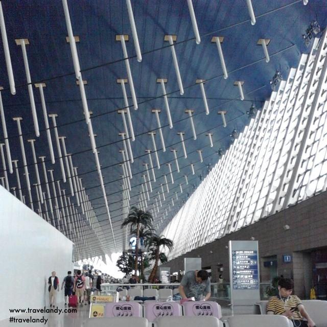 Transitting through Pudong airport in Shanghai