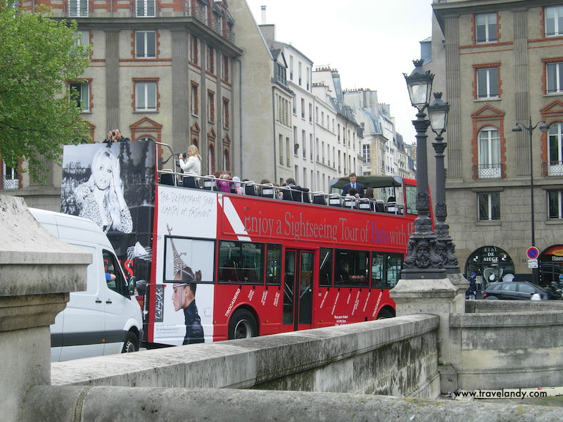 A sightseeing bus in Paris