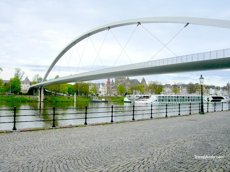 Modern bridge across the Maas river. This is very close to the library