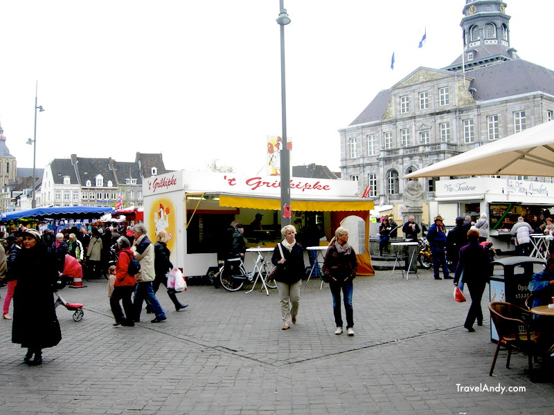 Saturday market at Markt. You can see the town hall in the background on the right hand side