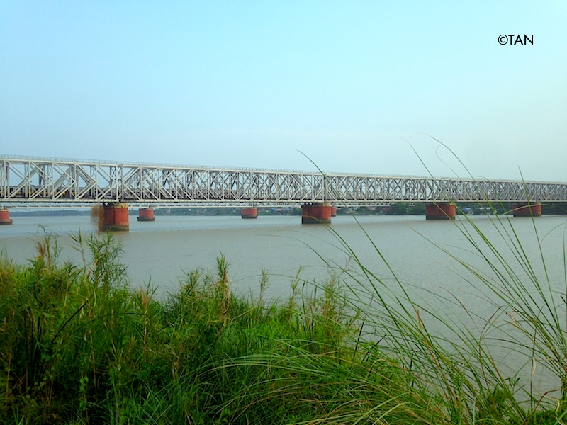 Bridge over Rupnarayan river at Deulti